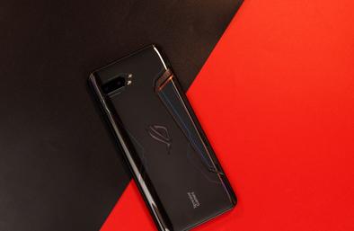 评测华硕 ROG 游戏手机 2以及谷歌Pixel 4双摄怎么样