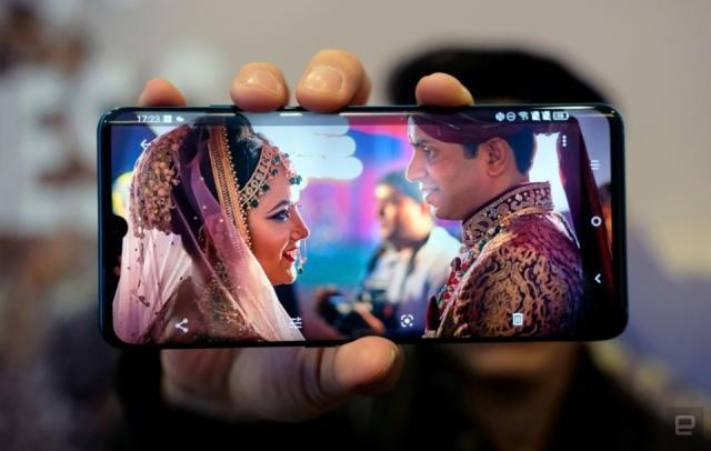 TCL为其旗舰10系列手机提供了急需的更新和降价