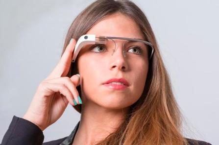 谷歌收购AR眼镜公司North