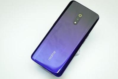 """Realme宣布某些设备获得更新""""平滑滚动""""功能"""