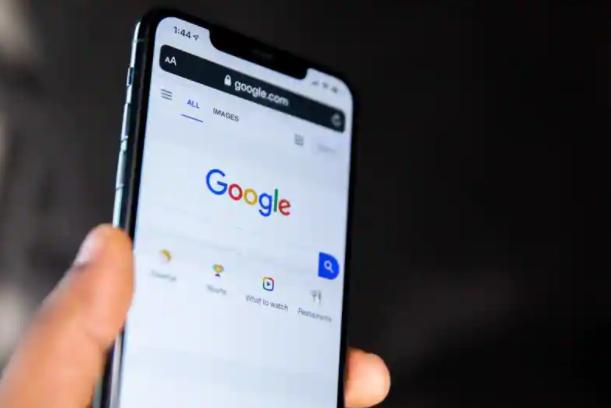 Google即将让iPhone用户使用Face或Touch ID锁定隐身标签