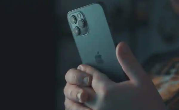 苹果测试无线数据恢复功能,可能会在今年推出无端口iPhone 13