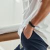Fitbit Luxe将配备不锈钢外壳和OLED显示屏